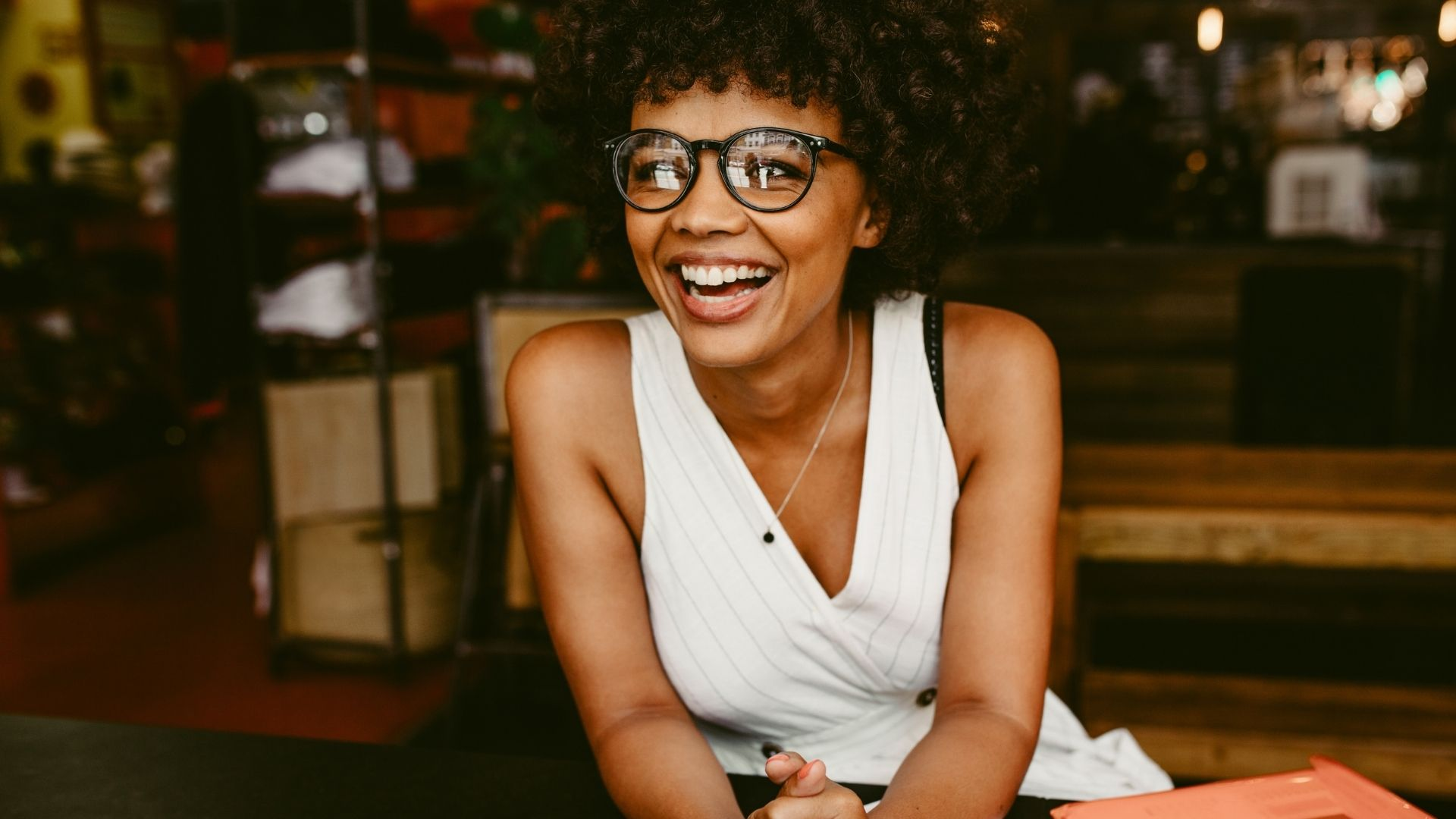 111 POSITIVE MANTRAS AND AFFIRMATIONS FOR SUCCESSFUL WOMEN ENTREPRENEURS